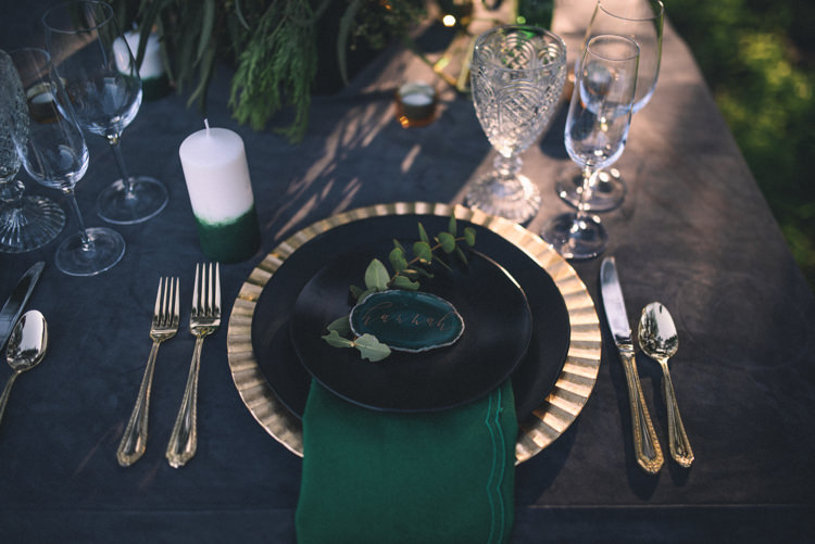 Dark Moody Black Green Gold Table Decor Agate Placecards Napkin Candle | Edgy Emerald City Wedding Ideas http://www.yvonnegollphotography.com/
