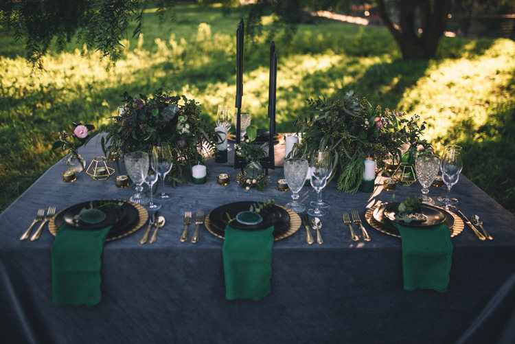 Dark Moody Black Green Gold Table Decor Candles Geometric | Edgy Emerald City Wedding Ideas http://www.yvonnegollphotography.com/