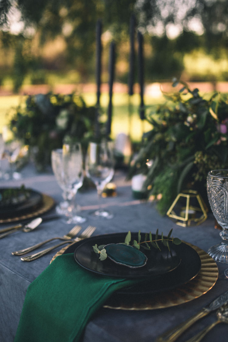 Dark Moody Black Green Gold Table Decor Agate Placecards Napkin Geometric Candle | Edgy Emerald City Wedding Ideas http://www.yvonnegollphotography.com/