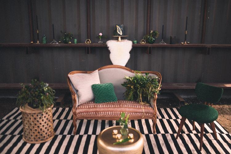 Dark Moody Stylish Lounge Black Gold Green Decor Geode Crystal | Edgy Emerald City Wedding Ideas http://www.yvonnegollphotography.com/
