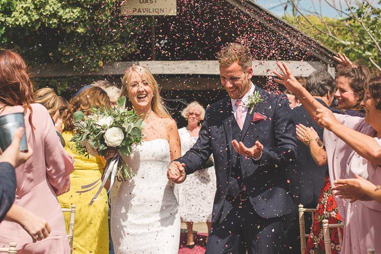 Conffeti Throw Bride Groom Rustic Outdoor Summer Wedding Pet Pug http://kirstymackenziephotography.co.uk/