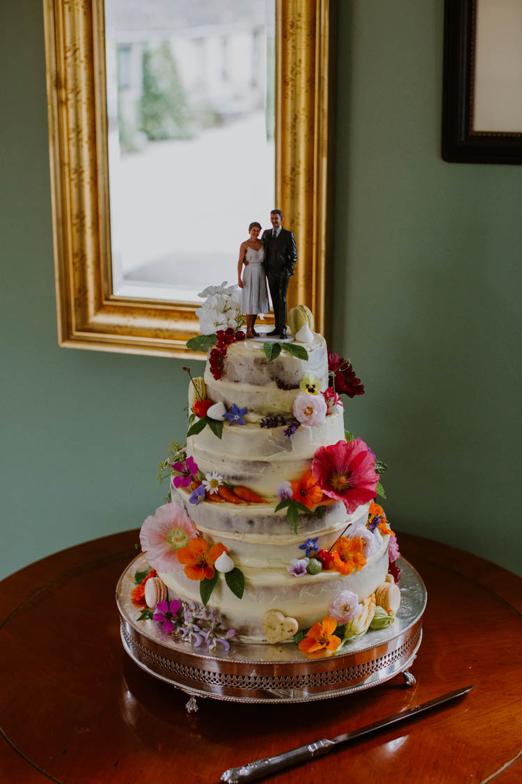 Buttercream Cake Flowers Unconventional Country Cotswolds Barn Wedding http://www.alexandrajane.co.uk/