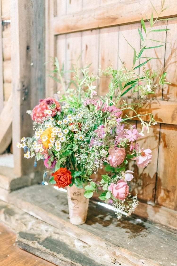 Wild Natural Pretty Flowers Rustic Summer Country DIY Barn Wedding http://sarahjaneethan.co.uk/