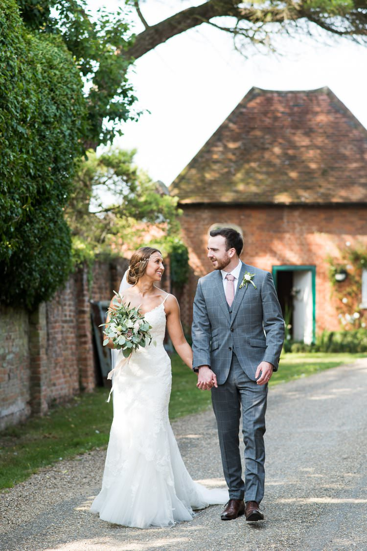Fiona Kelly Photography UK Wedding Supplier Directory
