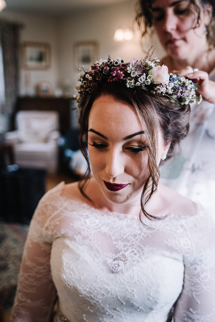 Flower Crown Floral Bride Bridal Make Up Beauty Luxe Rustic Autumn Berry Wedding http://www.oobaloosphotography.co.uk/