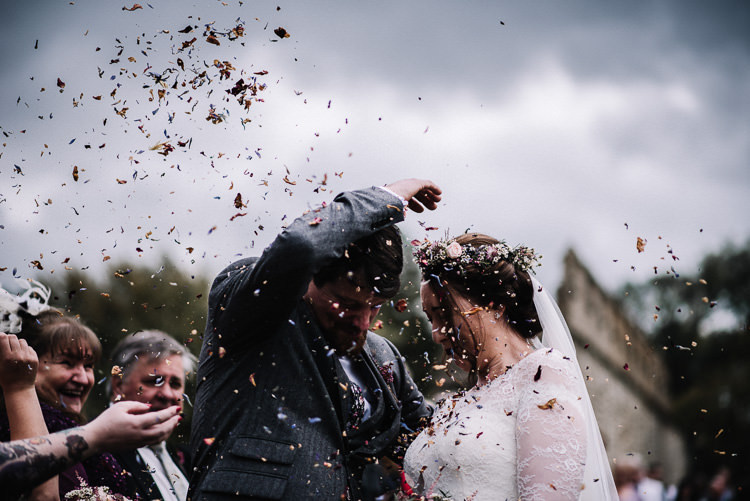 Confetti Throw Luxe Rustic Autumn Berry Wedding http://www.oobaloosphotography.co.uk/