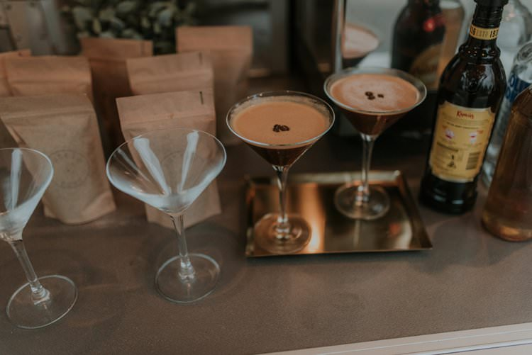 Cocktails Autumn Hygge Wedding Ideas http://meganelle.co.uk/