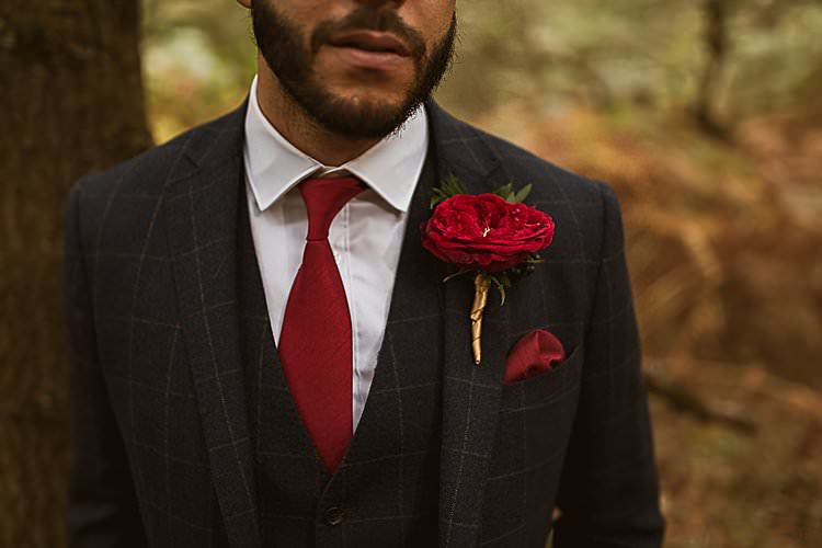 Rose Buttonhole Groom Beautiful Vibrant Dark Red Autumn Wedding http://thespringles.com/