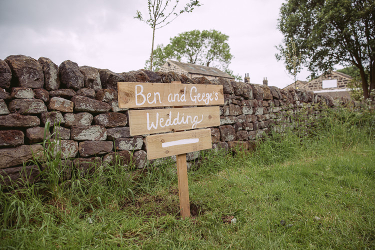 Painted Wooden Sign Gorgeous Gold Navy Wow Factor Wedding http://hayleybaxterphotography.com/