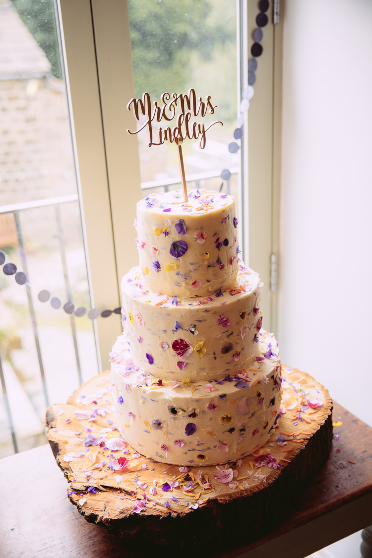 Edible Petal Cake Log Stand Topper Gorgeous Gold Navy Wow Factor Wedding http://hayleybaxterphotography.com/