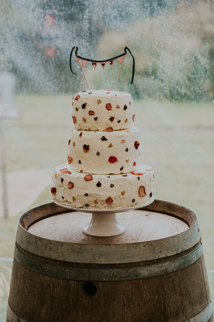 Cake Buttercream Meringue Petal Bunting Barrel Rustic Country Fun Autumn Farm Wedding http://natalyjphotography.com/