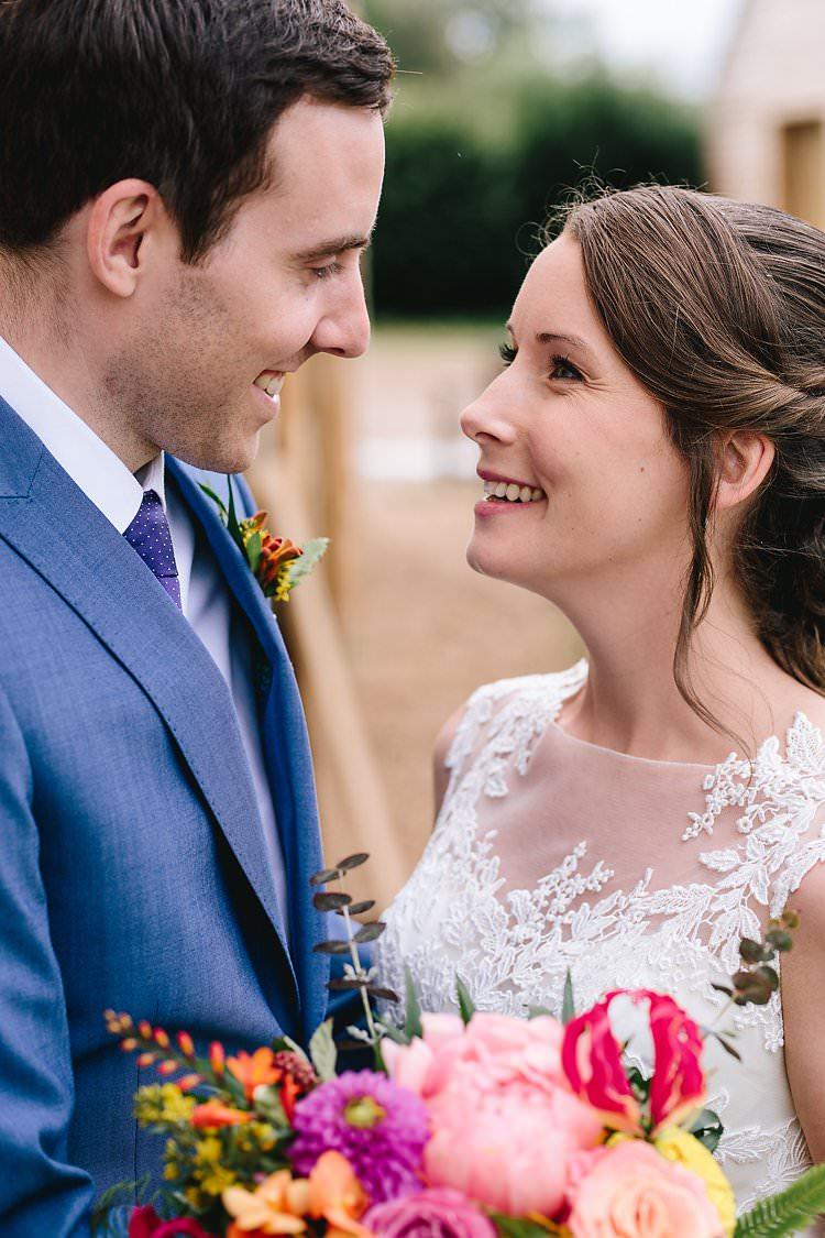 Tropical Countryside Tipi Wedding https://parkershots.com/