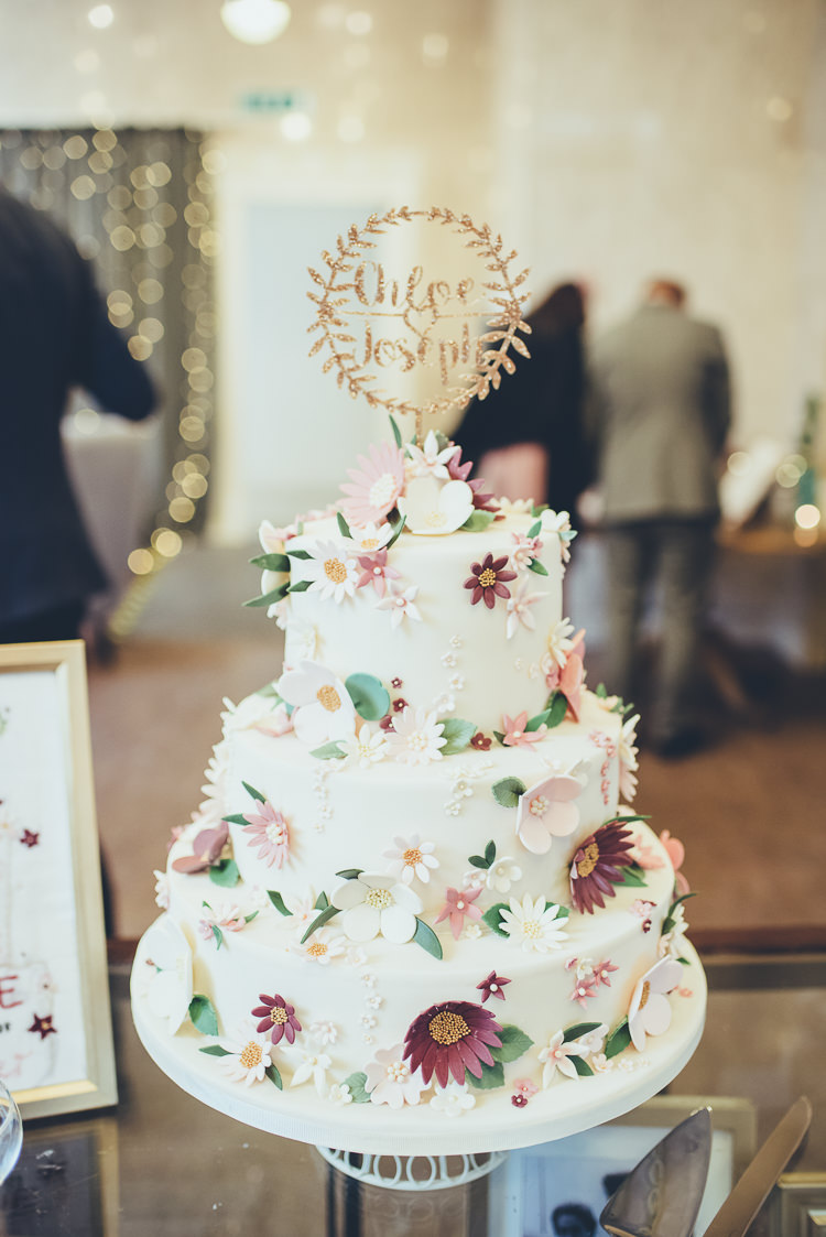 diy wedding cake ideas uk greenery burgundy city autumn wedding whimsical 13635
