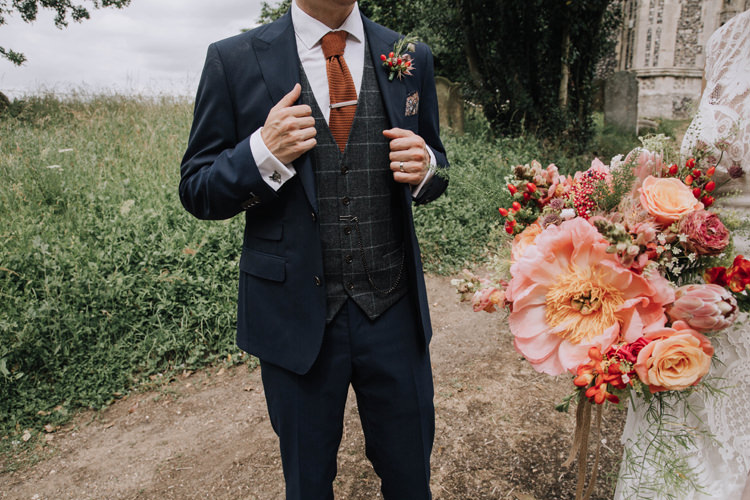 Groom Suit Knitted Tie Check Waistcoat Orange Country Barn Wedding http://www.meganduffield.com/
