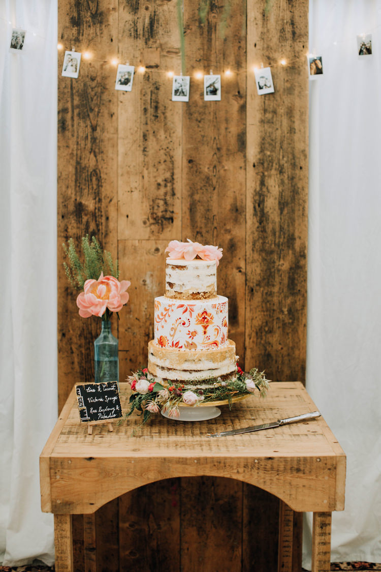 Naked Illustrated Painted Cake Flowers Orange Country Barn Wedding http://www.meganduffield.com/