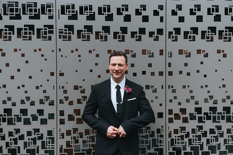 Black Suit Groom Tie Pocket Square Modern Artistic Colour Pop City Wedding http://missgen.com/