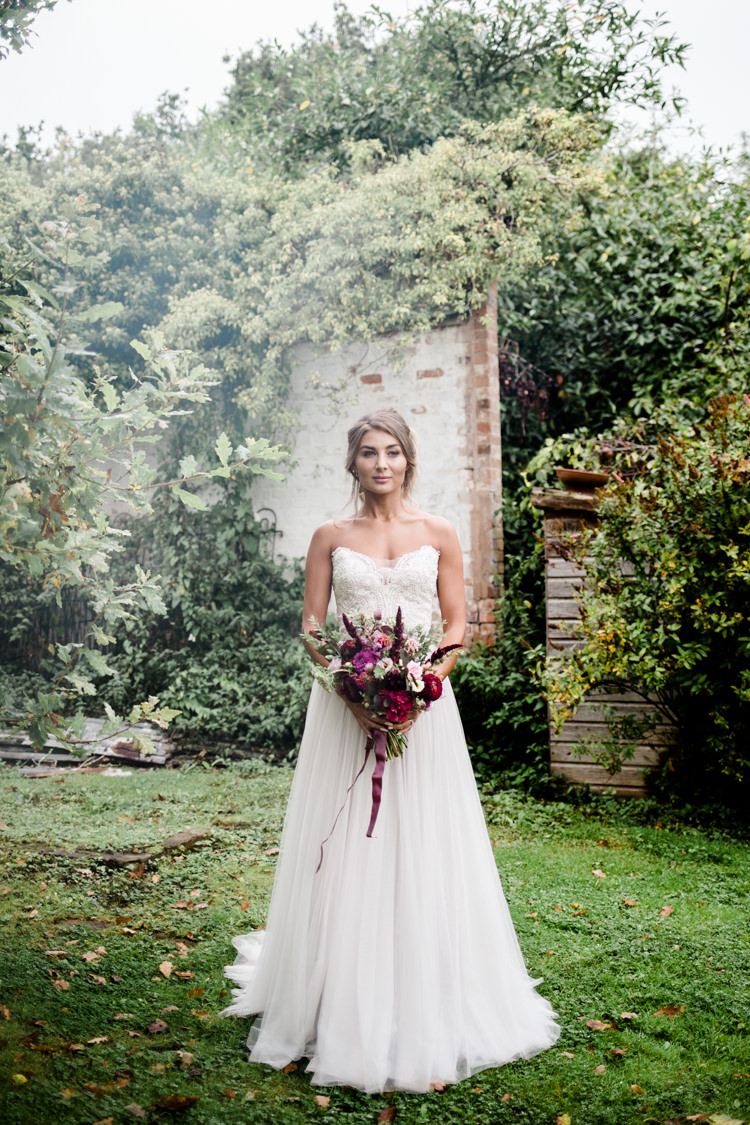 Outdoorsy Late Summer Marquee Wedding Ideas http://www.esmefletcher.com/