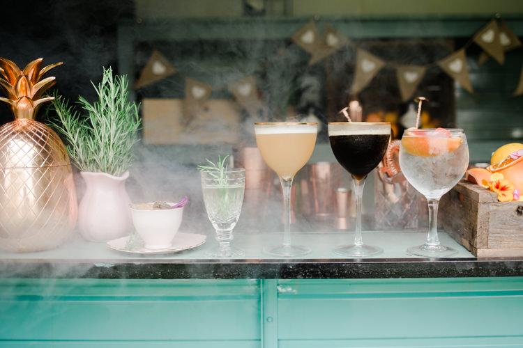 Cocktails Bar Outdoorsy Late Summer Marquee Wedding Ideas http://www.esmefletcher.com/