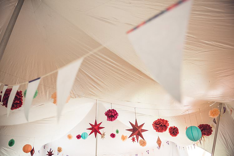 Paper Lantern Bunting Stars Flowers Indie Back Garden Bespoke Party Wedding https://www.babbphoto.com/