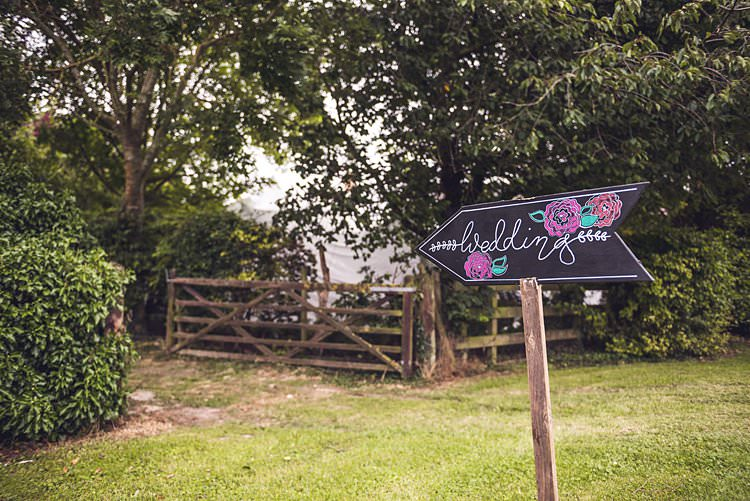 Sign Post Signage Welcome Direction Arrow Wooden DIY Homemade Indie Back Garden Bespoke Party Wedding https://www.babbphoto.com/