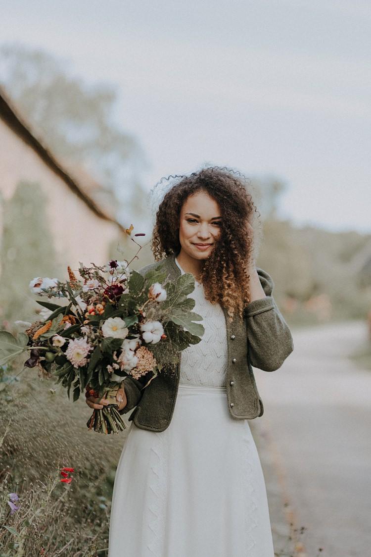 Jumper Jacket Bride Bridal Banquets Bonfires Autumn Wedding Ideas https://lolarosephotography.com/