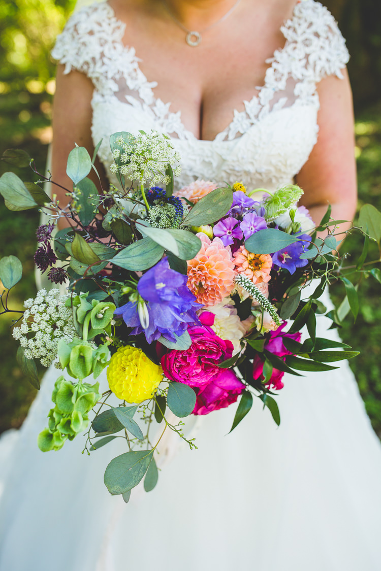Bouquet Flowers Bride Bridal Wild Natural Colourful Dahlia Greenery Rainbow Farm Creative Wedding http://www.livvy-hukins.co.uk/