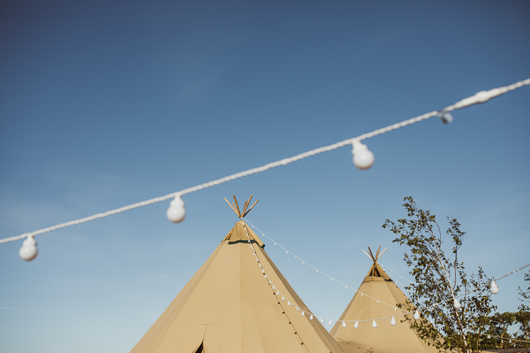 Rural Clifftop Tipi Wedding https://www.njphotographic.co.uk/