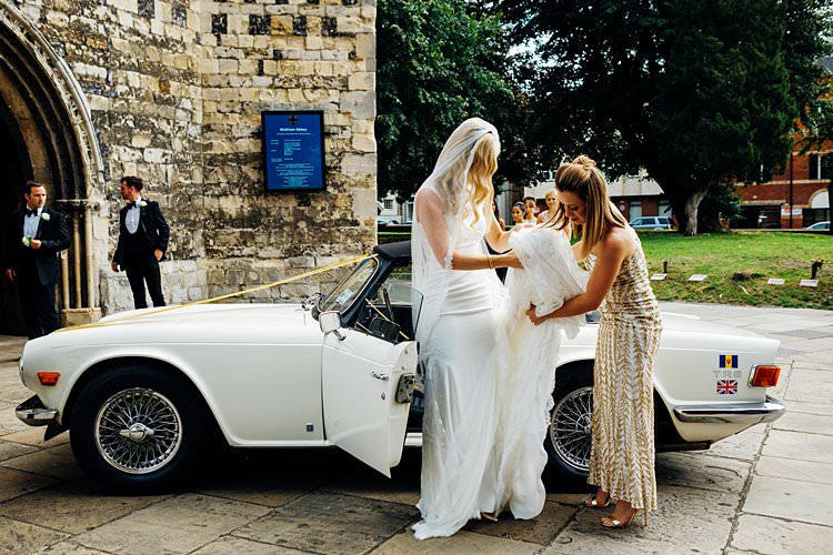 Classic Car Transport Stylish Country House Rave Wedding http://www.mariannechua.com/