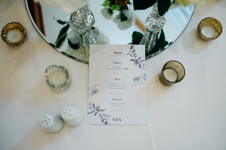 Floral Stationery Menu Stylish Country House Rave Wedding http://www.mariannechua.com/