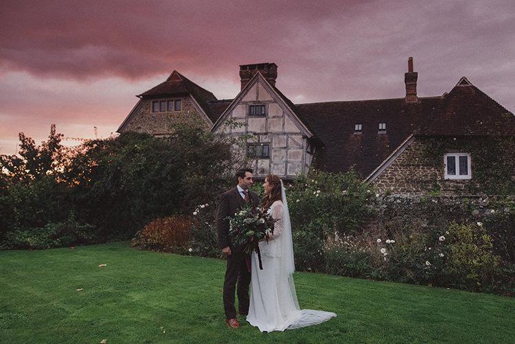 Joyful Warm Cosy Autumn Barn Wedding http://www.rebeccadouglas.co.uk/