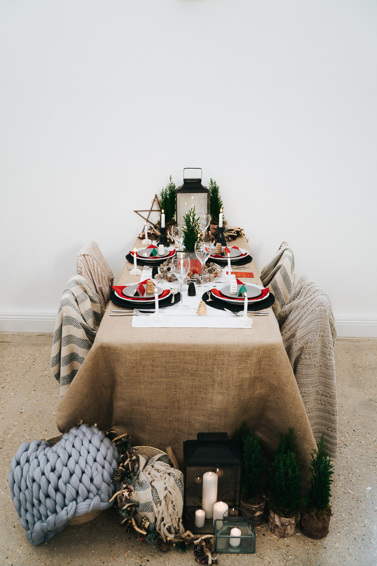 Tablescape Table Decoration Candles Hessian Red Green Winter Wonderland Wedding Ideas http://www.angelawardbrown.com/