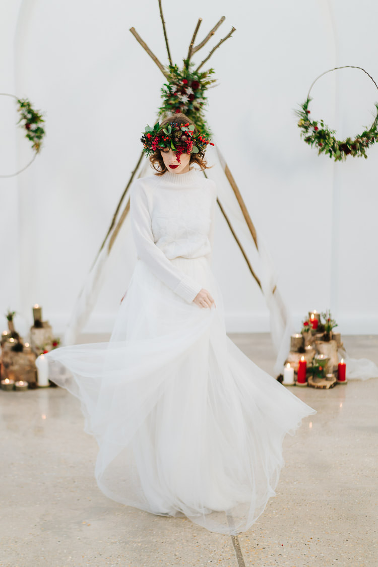 Jumper Knit Bride Bridal Dress Red Green Winter Wonderland Wedding Ideas http://www.angelawardbrown.com/