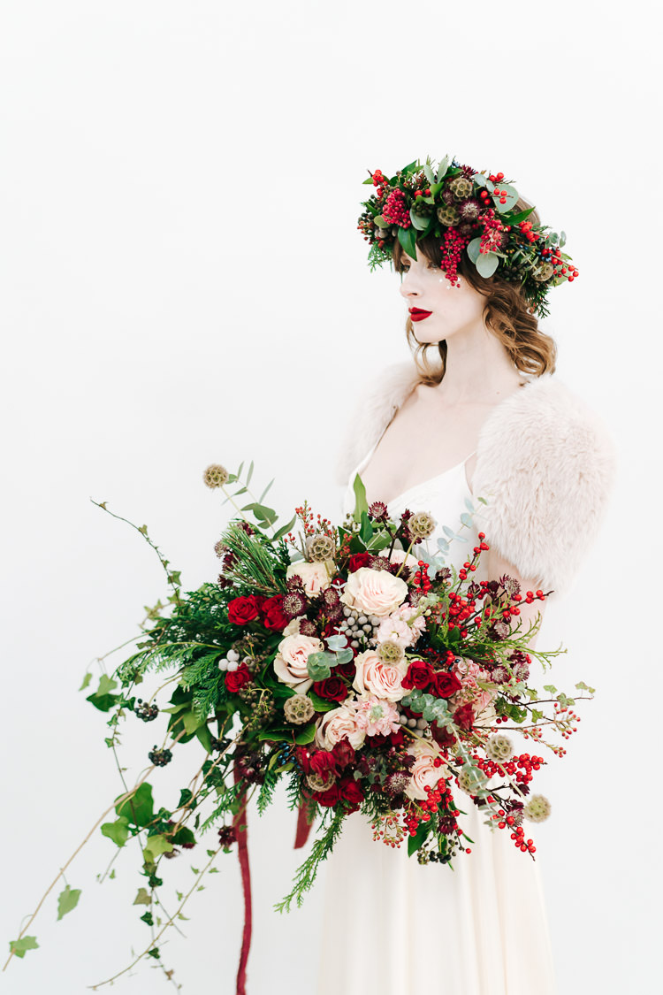 Red & Green Winter Wonderland Wedding Ideas