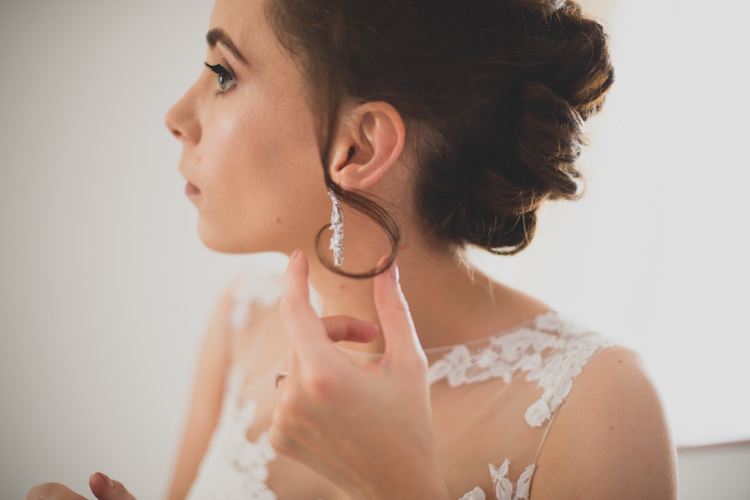 Earrings Bride Bridal Botanical Gold Sequin Music Hall Wedding http://sashaweddings.co.uk/