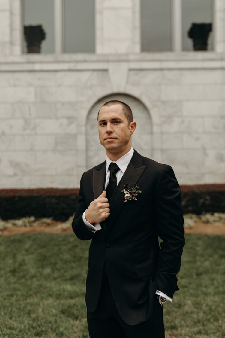 Modern Stylish Chic City Groom Black Suit | Urban Industrial Luxe Wedding http://hellencophotos.com/