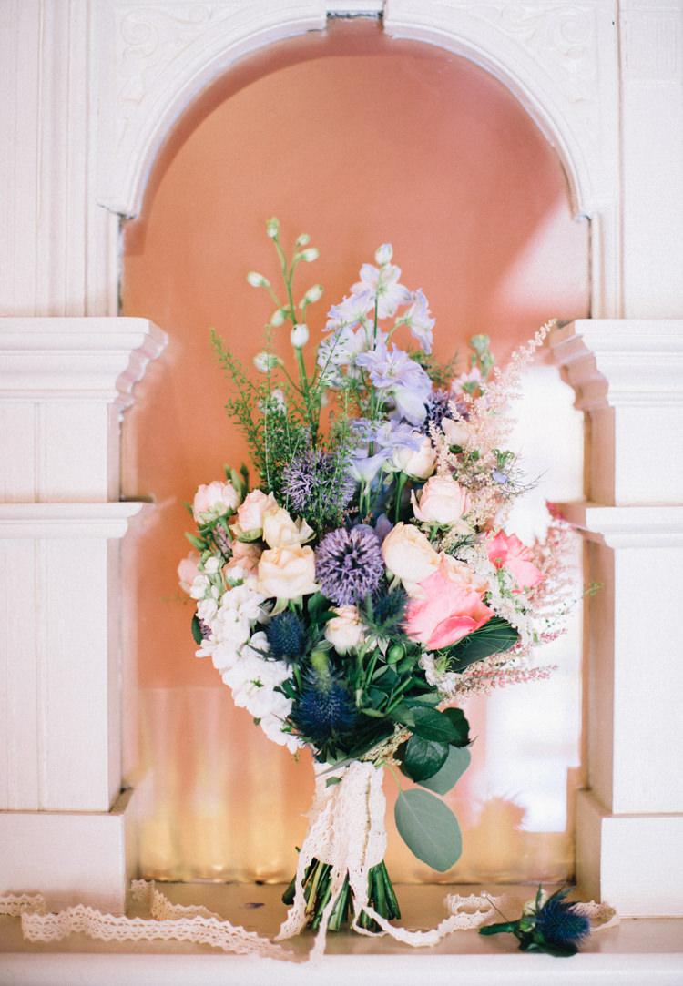 Bouquet Flowers Bride Bridal Wild Natural Retro 70s Bohemian Summer Dream Wedding http://whitecatstudio.ie/