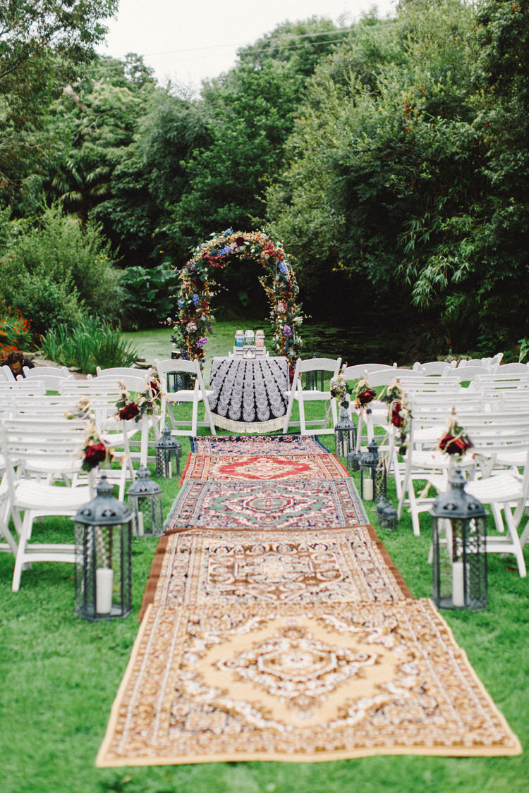 Persian Rug Aisle Flower Arch Ceremony Retro 70s Bohemian Summer Dream Wedding http://whitecatstudio.ie/