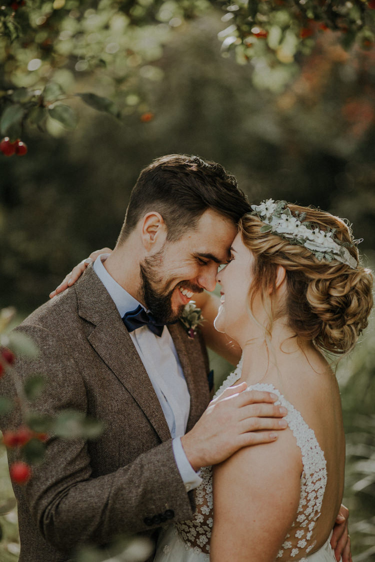 Flower Crown Bride Bridal Hair Style Bohemian Cool Raw Crystal Wedding Ideas https://lolarosephotography.com/