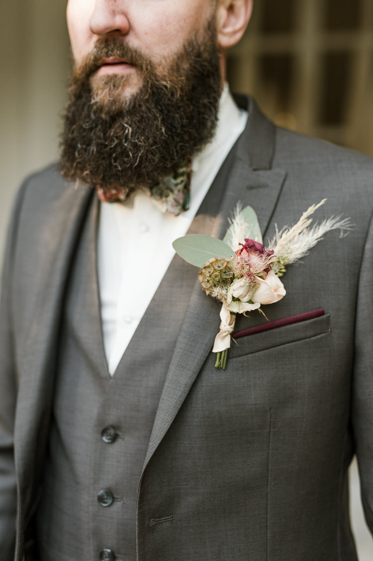 Groom Bow Tie Pampas Grass Buttonhole Trendy Beautiful French Elopement Wedding Ideas http://oliviamarocco.com/