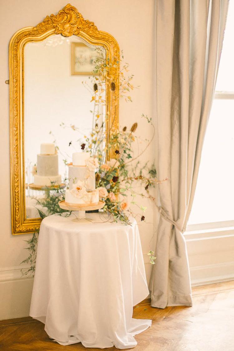Cake Table Flowers Beautiful Fine Art Country House Wedding Ideas https://www.theblushingpeony.co.uk/