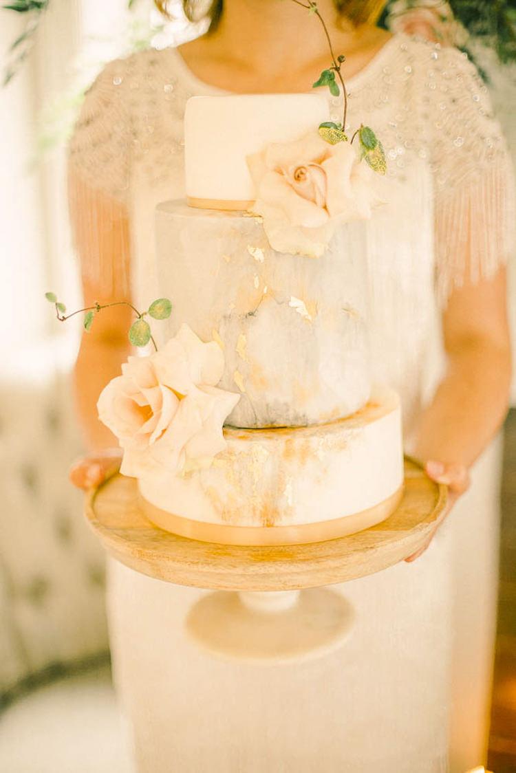 Marble Cake Metallic Beautiful Fine Art Country House Wedding Ideas https://www.theblushingpeony.co.uk/