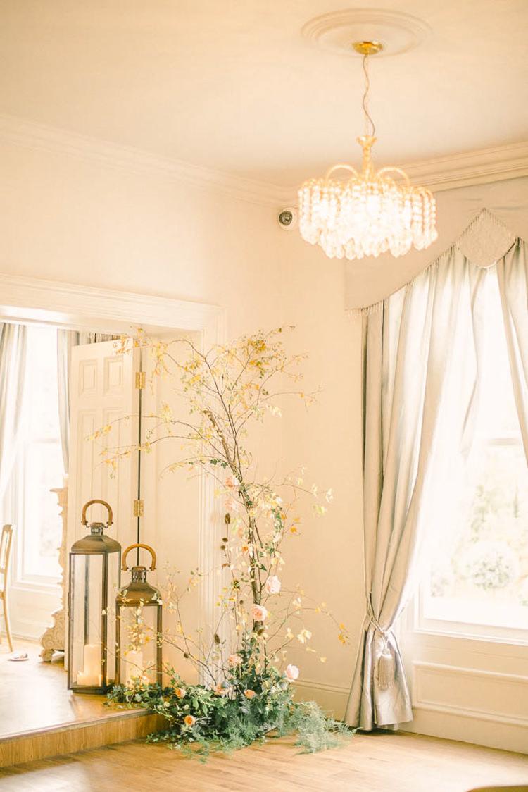 Beautiful Fine Art Country House Wedding Ideas https://www.theblushingpeony.co.uk/