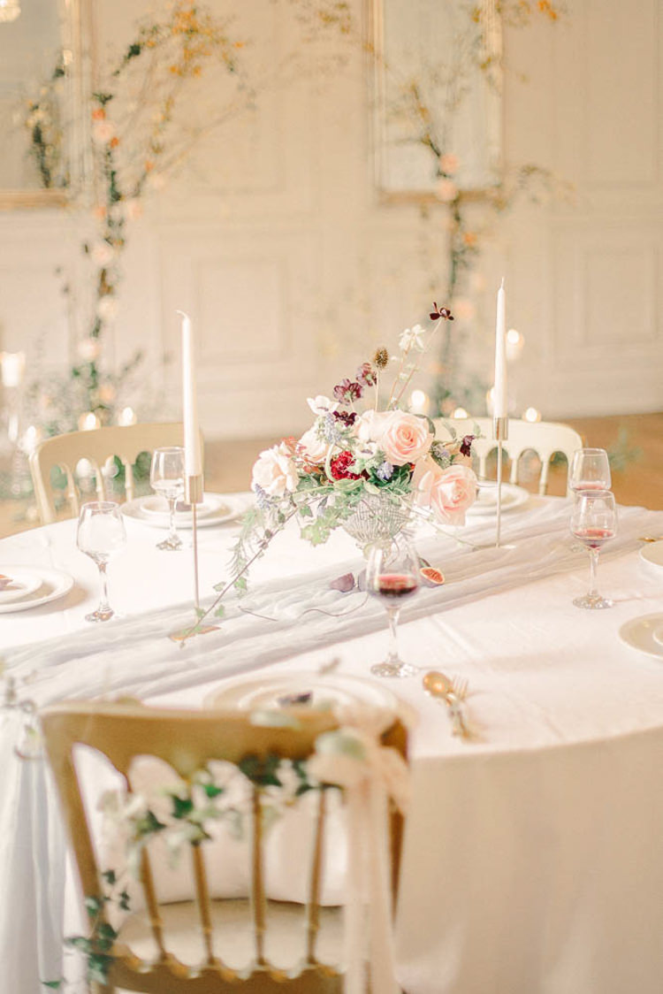 Tablescape Table Decoration Flowers Candles Blush Beautiful Fine Art Country House Wedding Ideas https://www.theblushingpeony.co.uk/