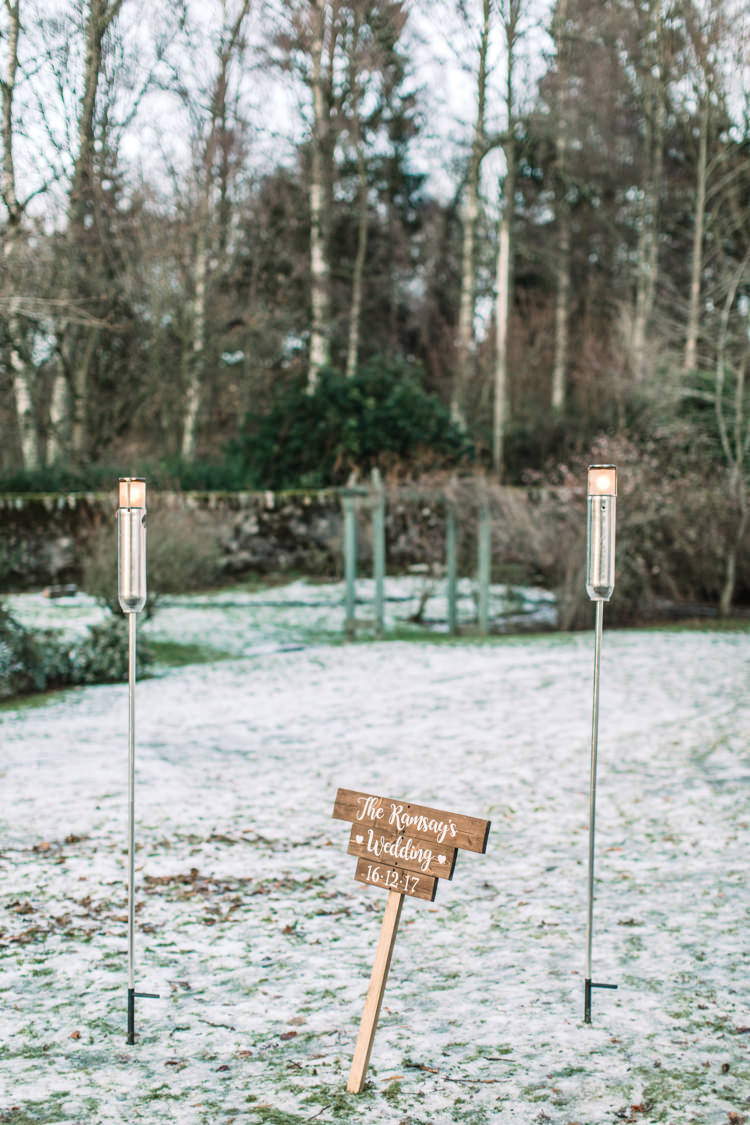 Enchanted Magical Snowy Wedding https://www.thegibsonsphotography.co.uk/