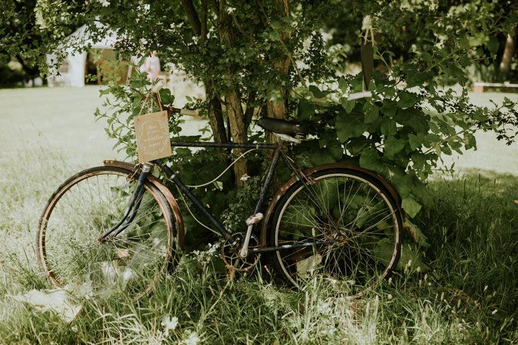 Field Outdoor Garden Woodland Hippie Summer Tipi Vintage Decor Bike Sign | Happy Outdoor Forest Mustard Yellow Wedding http://suzi-photography.com/