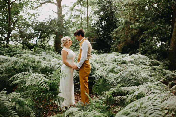 Field Garden Woodland Meadow Hippie Summer Bride Groom Hush Venue | Happy Outdoor Forest Mustard Yellow Wedding http://suzi-photography.com/