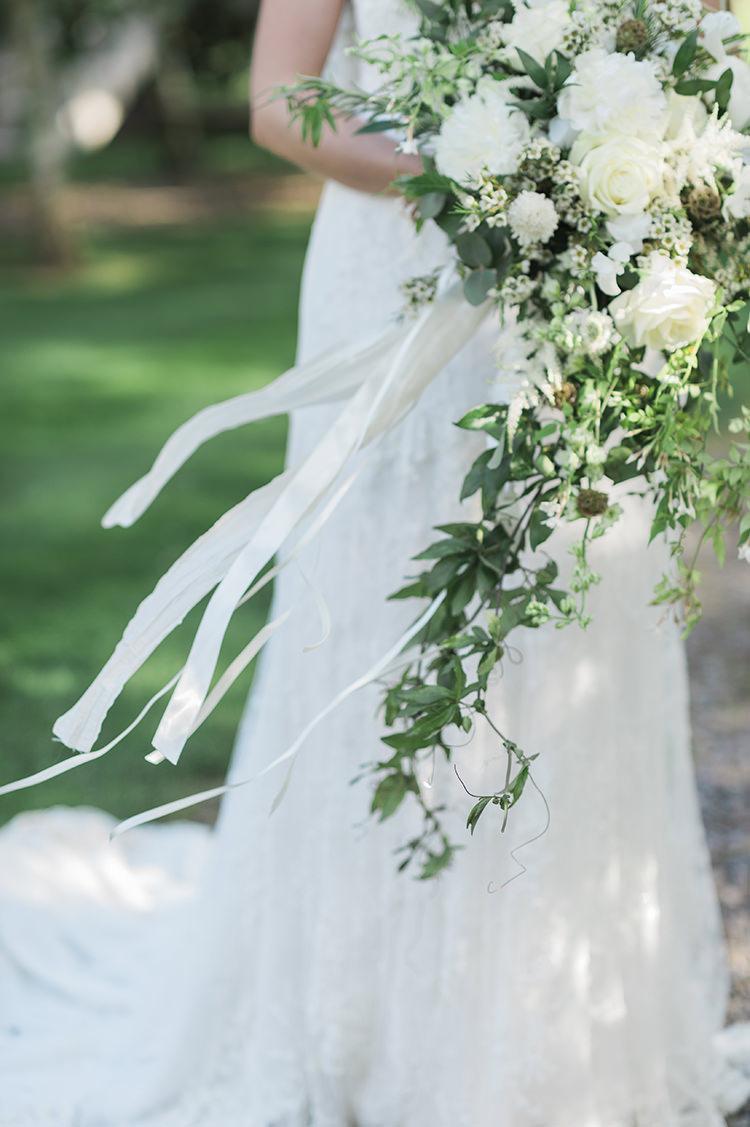 Bouquet Flowers Bride Bridal Ribbon White Greenery Foliage Large Trailing Cascading Darling Fresh Bohemian Barn Wedding https://razia.photography/