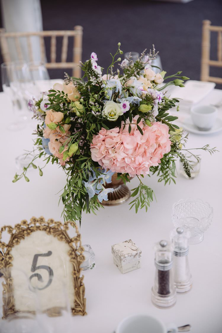 Table Centre Centrepiece Hydrangea Pastel Beautiful Romantic Country House Wedding Middleton Lodge North Yorkshire http://hayleybaxterphotography.com/