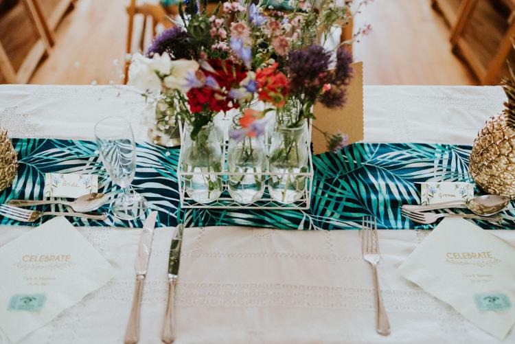 Palm Print Table Runners Tropical DIY Moon Photo Booth Wedding https://photo.shuttergoclick.com/