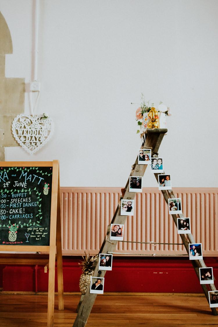 Wooden Ladder Decor Photos Tropical DIY Moon Photo Booth Wedding https://photo.shuttergoclick.com/
